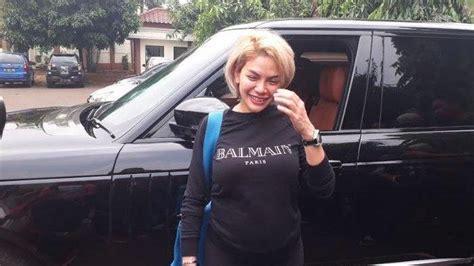 Nikita Mirzani Anggap Berkas Isbat Nikah Dan Cerai Hadiah