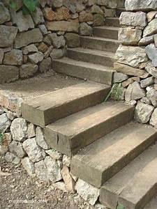 des idees descalier en bois pour le jardin en bois le With pierre pour allee de jardin 8 mur de pierre muret de pierre exterieur profil jardins