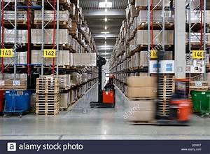 Ikea Service Center : dortmund germany ikea distribution center dortmund ellinghausen stock photo 52867619 alamy ~ Eleganceandgraceweddings.com Haus und Dekorationen