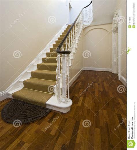 decoration d une entree avec escalier decoration d entree avec escalier 28 images d 233