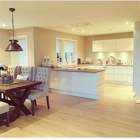 kitchen designs photos 35 besten k 220 che bilder auf plissee jalousien 1521