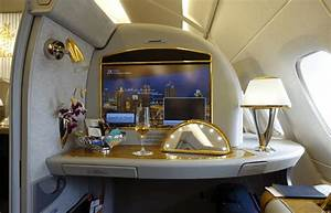 First Class Living : man gets 60 000 emirates flight with frequent flyer miles loophole business insider ~ Markanthonyermac.com Haus und Dekorationen