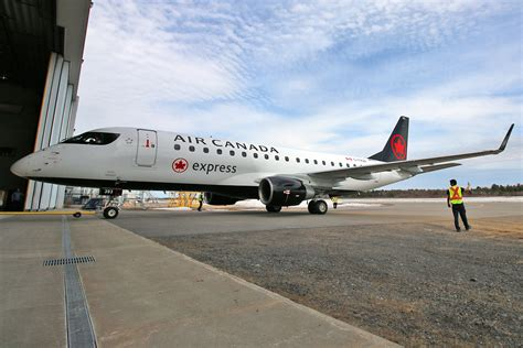 Air Canada Express - Sky Regional Airlines » About Us