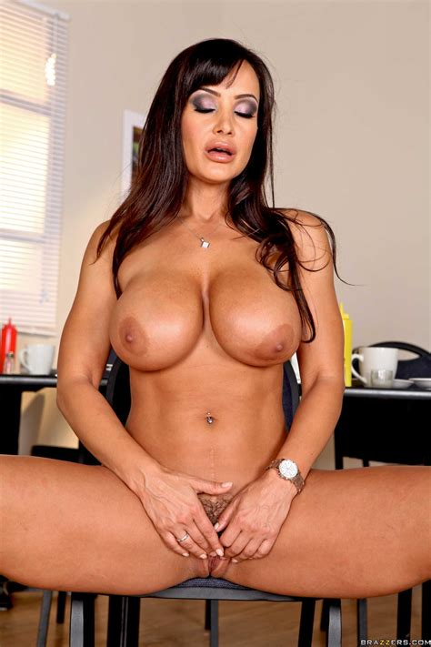 Lisa Ann Likes Doing Her Job Photos Nikki Benz Johnny