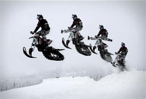 Maak van je crossmotor een sneeuwscooter! - Snowchamps
