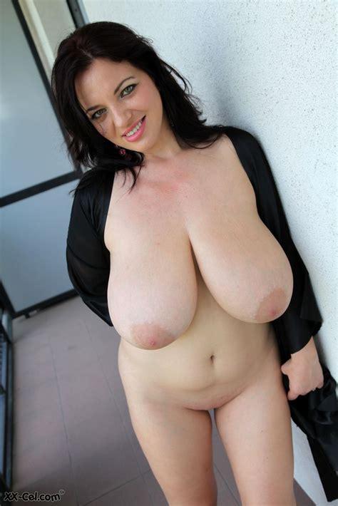 Joanna Bliss Massive Tits Naked Photos Porn Pic Eporner