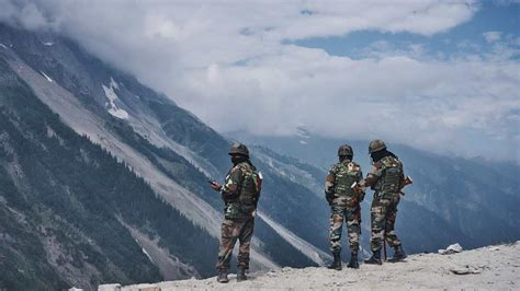 Indian Army in control of six new major heights along LAC ...