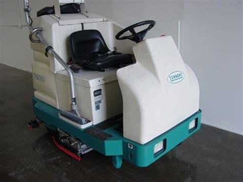 tennant floor scrubbers ontario tennant 7200 electric floor scrubber rider industrial