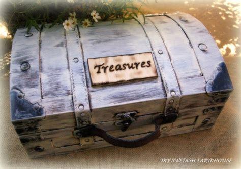 keepsake memory box treasure chest trunk time capsule