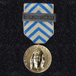 Médaille ordonnance titre reconnaissance de la nation