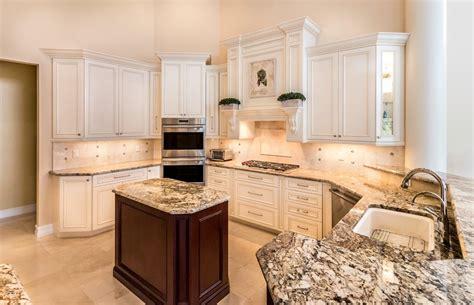 couleur cuisine avec carrelage beige cuisine carrelage cuisine avec or couleur