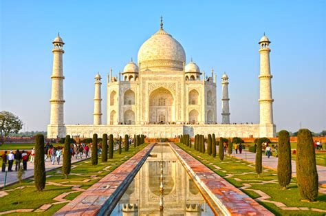 Travel And History » Top 5 Historical Monuments In India
