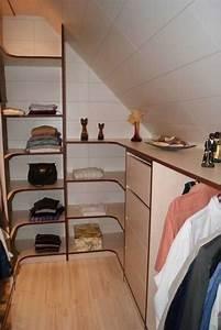 Dressing Sur Mesure Sous Pente : dressing sous comble la maison des bibliotheques ~ Melissatoandfro.com Idées de Décoration