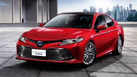 toyota camry introducing  camry hybrid experience