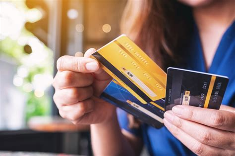 Vs credit card payment phone number. When Should You Refinance Credit Card Debt? - Rounds ...