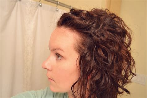 cute curly short hairstyles hairstyle  women man