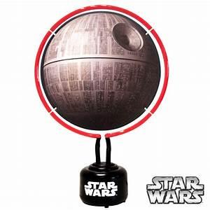 Lampe Star Wars : lampe d 39 ambiance star wars avec n on en forme d 39 etoile de la mort sur logeekdesign ~ Orissabook.com Haus und Dekorationen