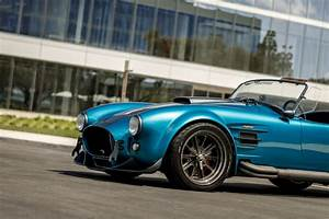 Superformance's MKIII R Blends Classic Shelby Cobra With Sharp New Styling | Grand Tour Nation