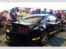 Rent a 2014 Ford Mustang GT in Hertz Rent a Car!
