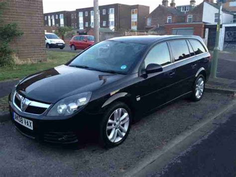 vauxhall black 2008 vauxhall vectra sri black 1 8 estate car for sale