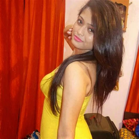 Hot Aunties Whatsapp Numbers Aunties Aunties Hot Hot Images Cute Auntys Photos Smart Auntys