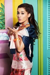 Hollywood Actress Wallpaper: Ariana Grande Wallpapers  Ariana