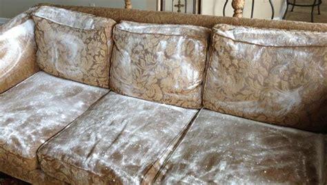 nettoyer canap tissu c est du propre comment nettoyer un canapé en tissu facilement