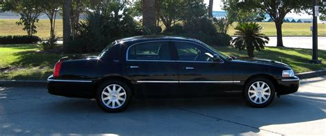 Airport Town Car by Kingston Airport Town Car Transfer To Dunn S River