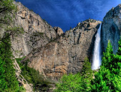 Yosemite Falls California Beautiful Check Out The