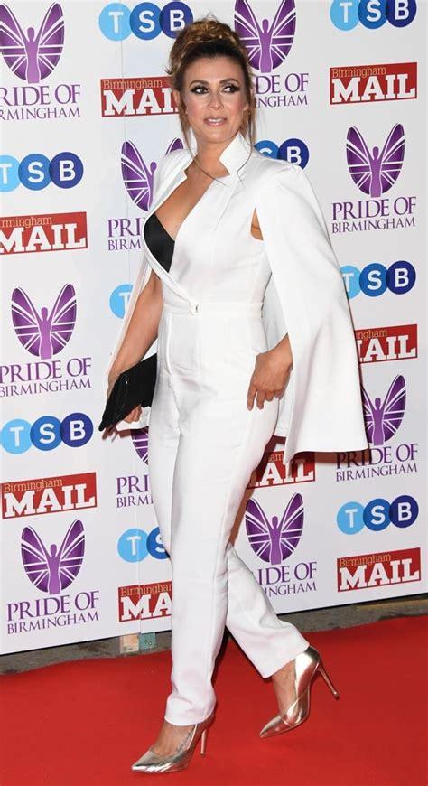 kym marsh coronation street actress lets cleavage shine
