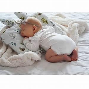 Coussin Pour Lapin : coussin pour enfant oreiller b b avec oreilles de lapin galaxie ~ Teatrodelosmanantiales.com Idées de Décoration