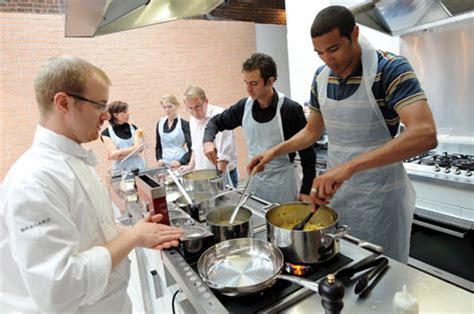 cour de cuisine cours de cuisine cadeau pour tous