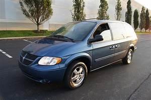 2006 Dodge Caravan - Pictures