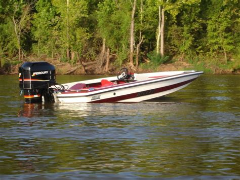 Bullet Bass Boats Review by 1000 Images About Bullet Boats On The Boat
