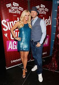 Donnie Wahlberg in Jenny McCarthy Hosts 'Singled Out ...