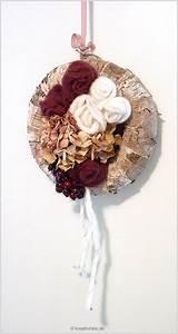Rosen Für Türkranz Basteln : herbstbasteln so entsteht ein t rkranz mit filz rosen ~ Lizthompson.info Haus und Dekorationen