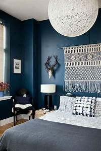 Chambre Bleu Nuit : chambre a coucher mur bleue la chambre bleue en 2019 ~ Melissatoandfro.com Idées de Décoration