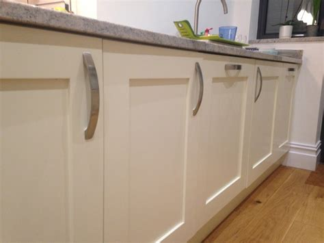 B Q Kitchen Cupboard Handles by Kitchen Handles Help Me Mumsnet