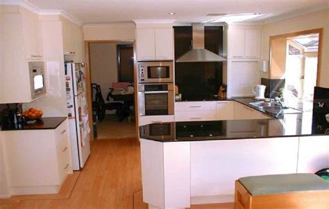 Small Kitchen Makeover Ideas by Open Small Kitchen Floor Makeover Ideas Http