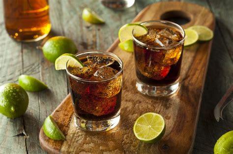 apakah rasa alkohol memang enak   minum