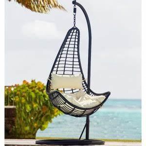 Transat Suspendu Pas Cher : chaise longue jardin gifi design en image ~ Teatrodelosmanantiales.com Idées de Décoration