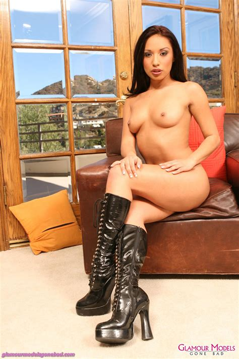 Jasmine Byrne In Sexy Lingerie And Leather Boots 3561