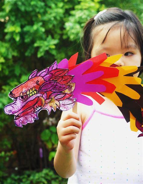 Chinese New Year Craft (handprint Dragon Puppet)  Baa Baa