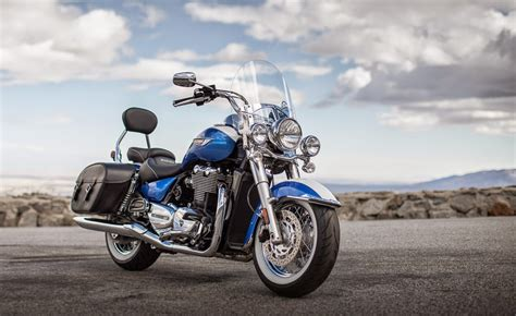 New Launched Extreme Cruiser Bike Triumph Thunderbird Lt
