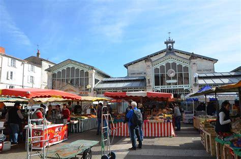 marché de la cuisine ballade en charente maritime le marché de la rochelle