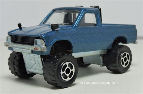 tomica toyota hilux two lane desktop majorette and tomica 1980 toyota hilux 39 s