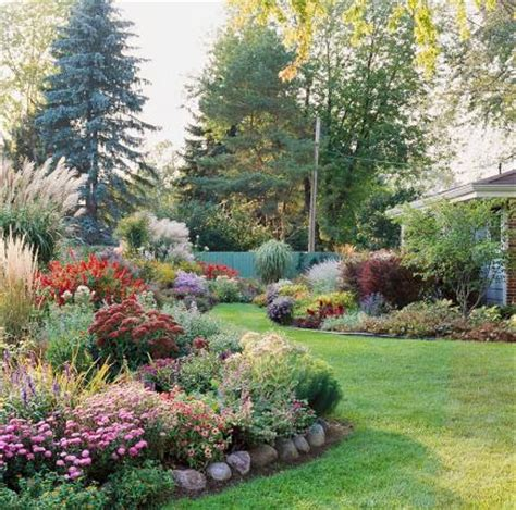 A Classic Fall Garden  Midwest Living