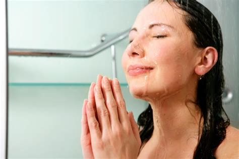 why does my skin itch after showering why you itch after taking a shower healthy living