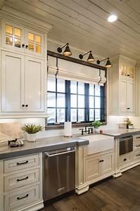 Off, White, Kitchen, With, Grey, Expo, Quartz, Countertop