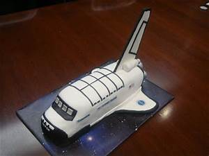 Cakes By LAM Designs: Space Shuttle Cake